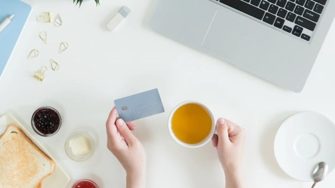 11 Ways to Meet Credit Card Bonus Minimum Spending Requirements