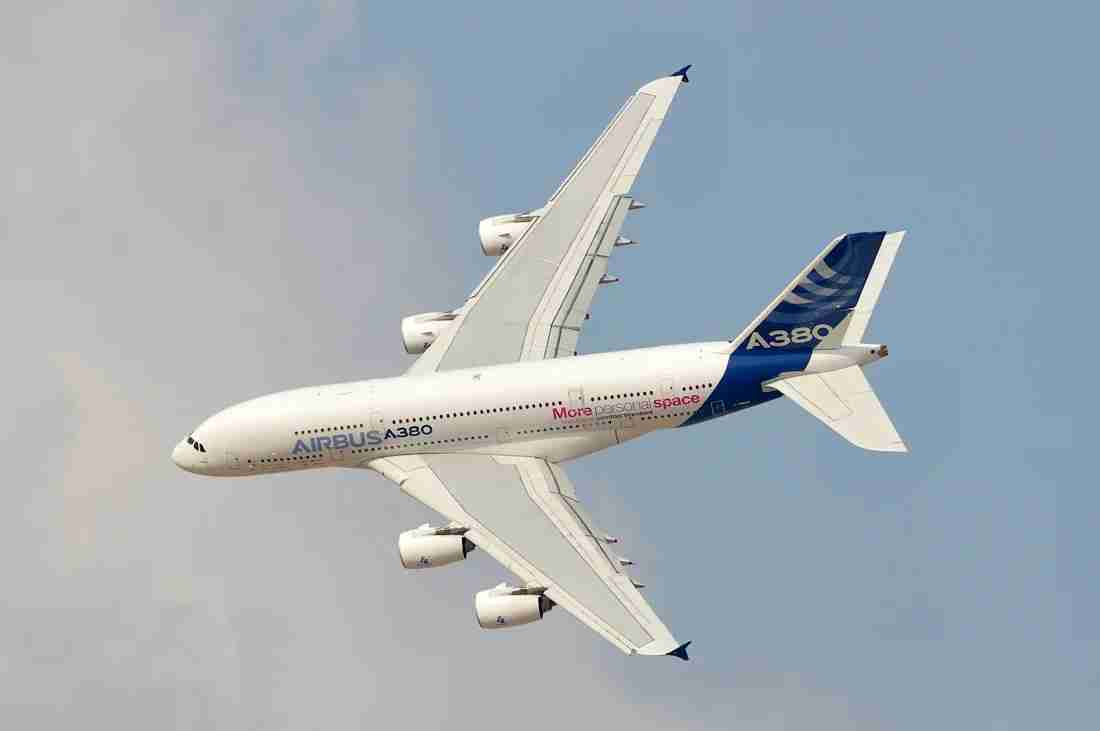 An A380 maneuvering during an demo flight at the Dubai Air Show in 2013 (Photo by Alberto Riva / TPG)