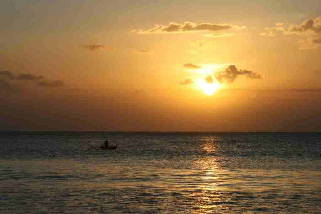 Jimbaran Beach during sunset (Jennifer Yellin / DealsWeLike.com)