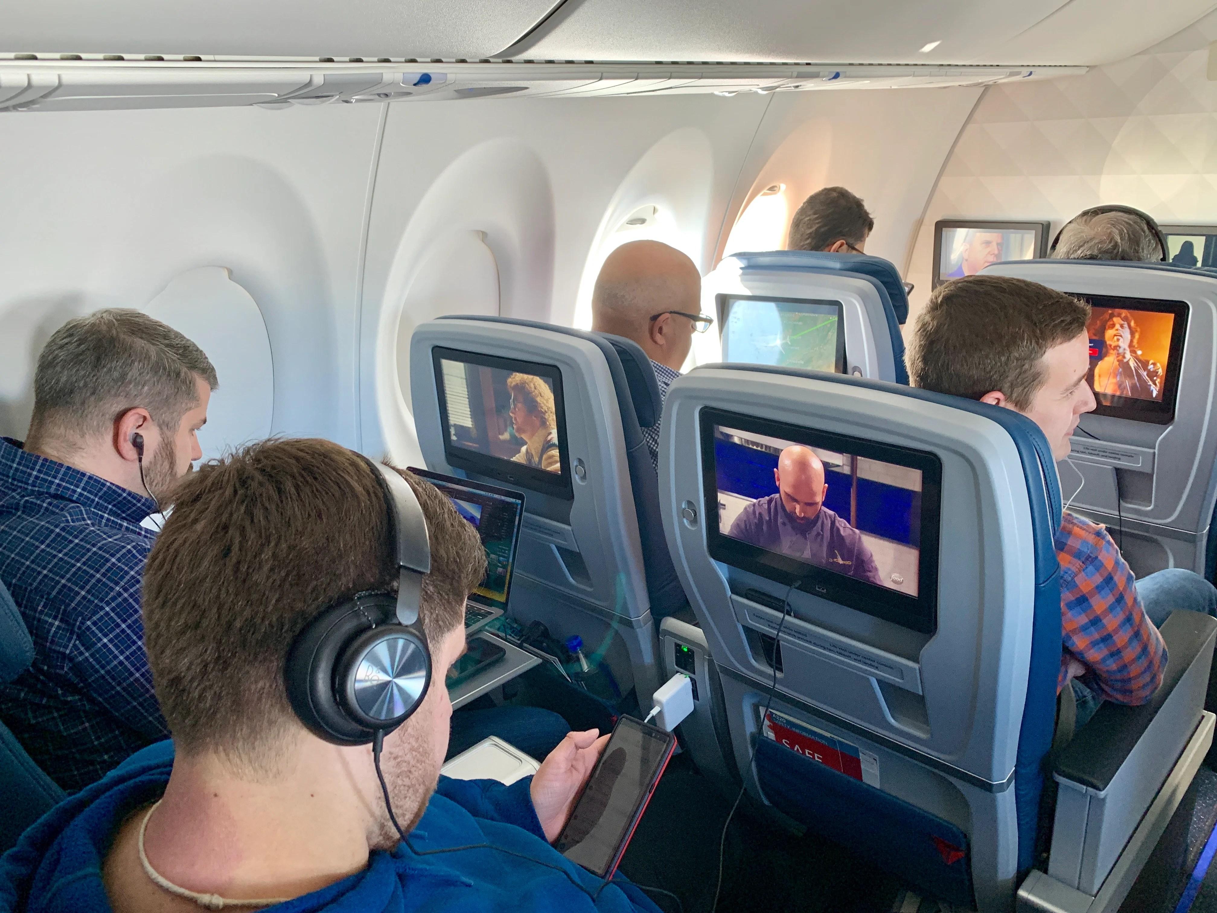 Delta A220 first class