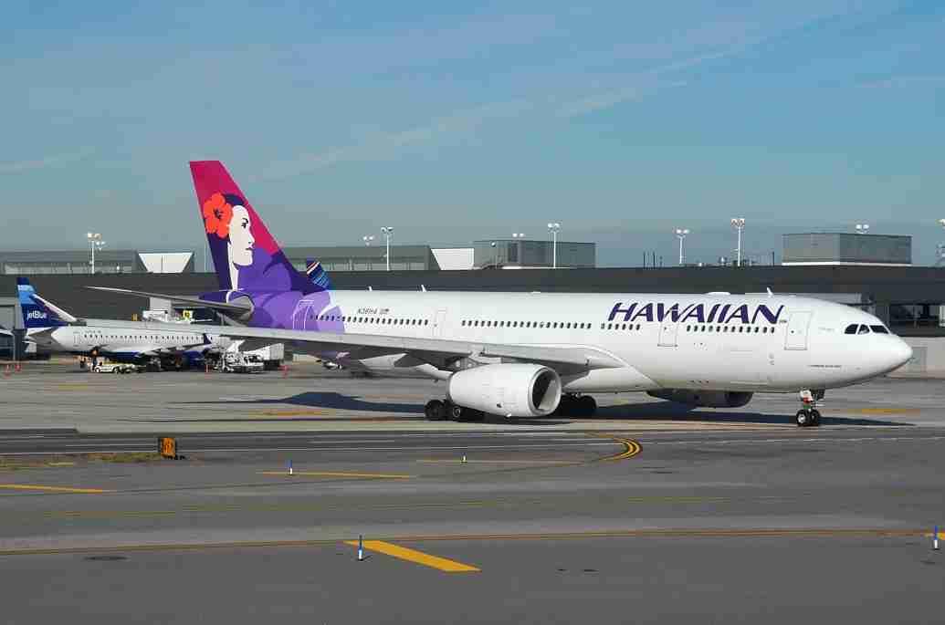 A Hawaiian Airbus A330 at JFK (Photo by Alberto Riva/TPG)