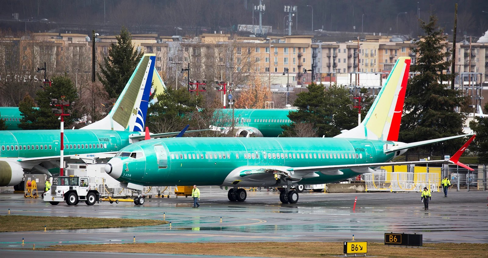 Here's what the 737 MAX groundings mean for your holiday travel