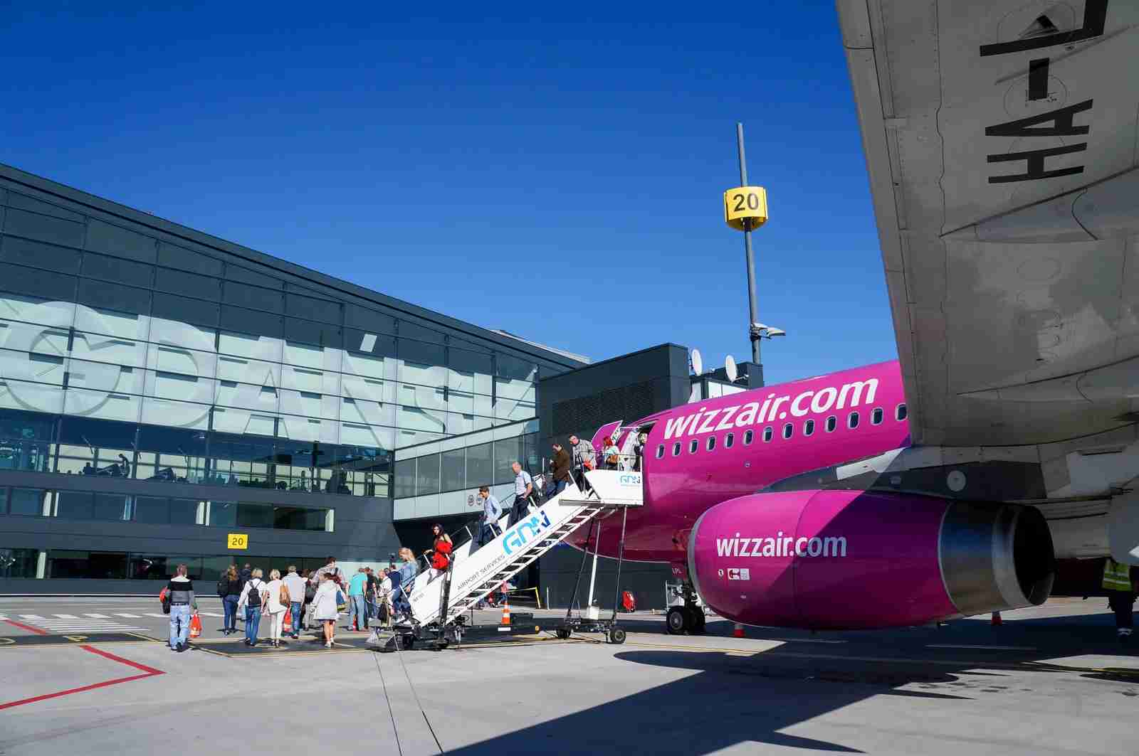 A Wizz Air Airbus A320. (Photo via Getty Images)