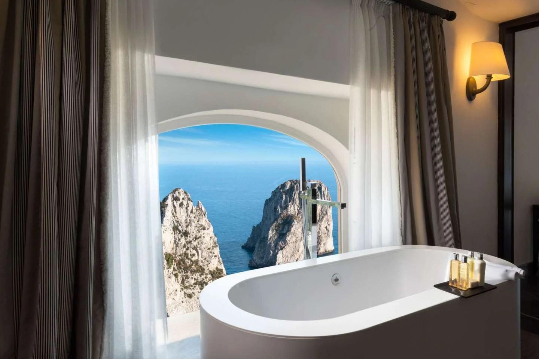 Hotel bathtub views
