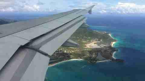 jetblue-airplane-plane-sky-antigura-cairbbean-flying-16-9