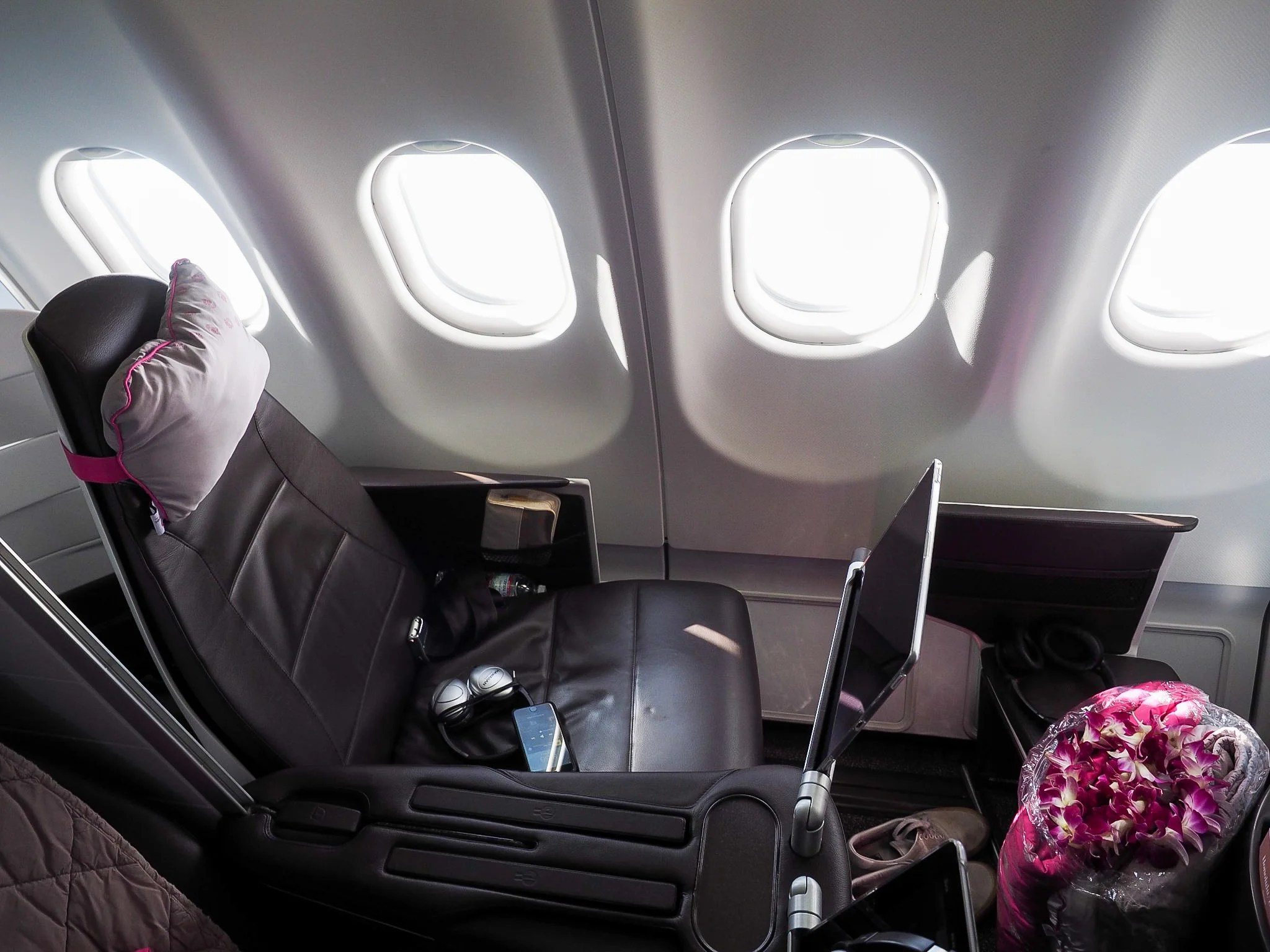 Awesome Review Hawaiian Airlines A330 First Class Bos Hnl Ibusinesslaw Wood Chair Design Ideas Ibusinesslaworg