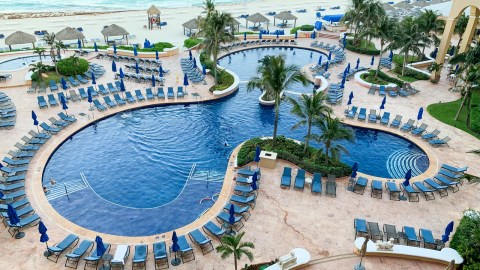 b28f87f550ac1 25 Years Too Old: A Review of The Ritz-Carlton, Cancun