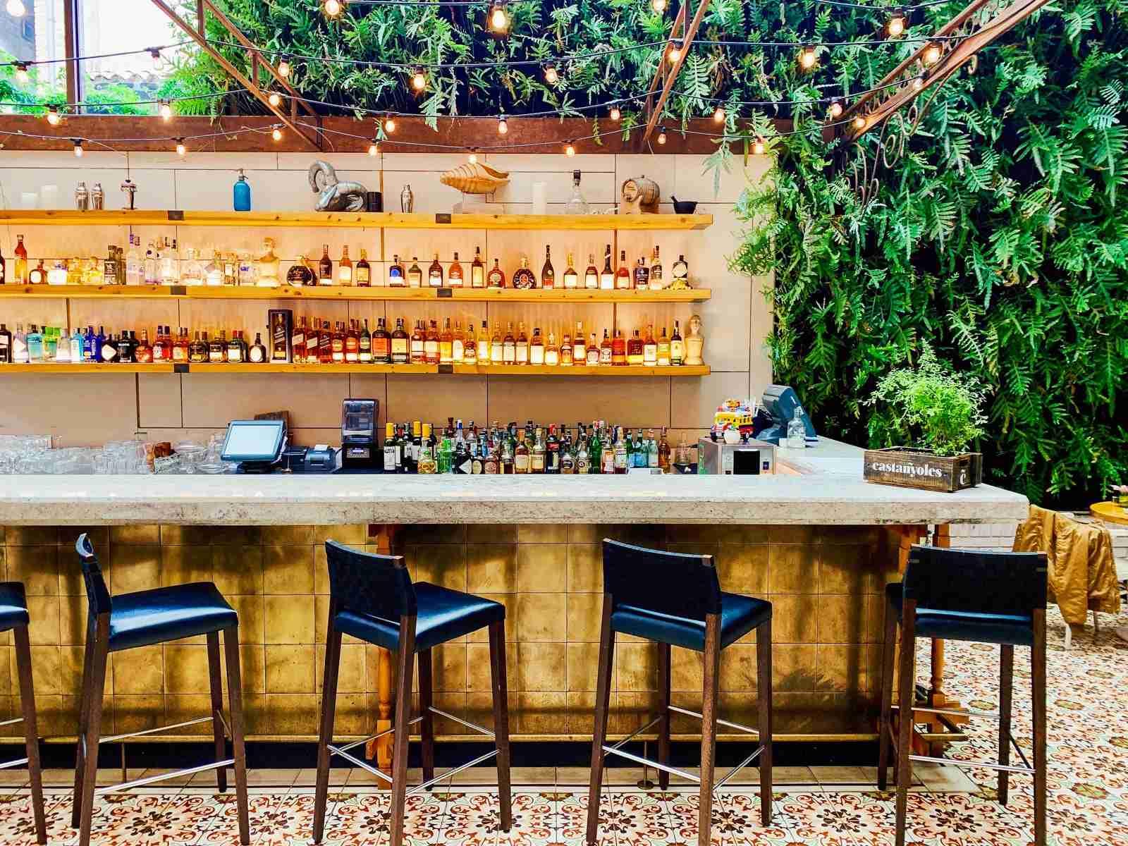 The gorgeous Castañyoles bar at the Four Seasons Bogotá. (Photo by Nick Ellis / The Points Guy)
