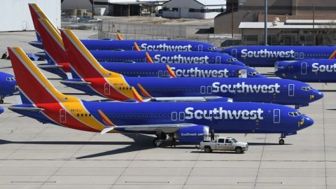 Report: Southwest Pilots' Union To Ask Boeing for