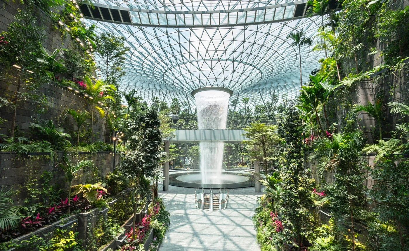 Singapore's New Crown Jewel, TPG UK Launching Next Week, Summer Fare Predictions and More