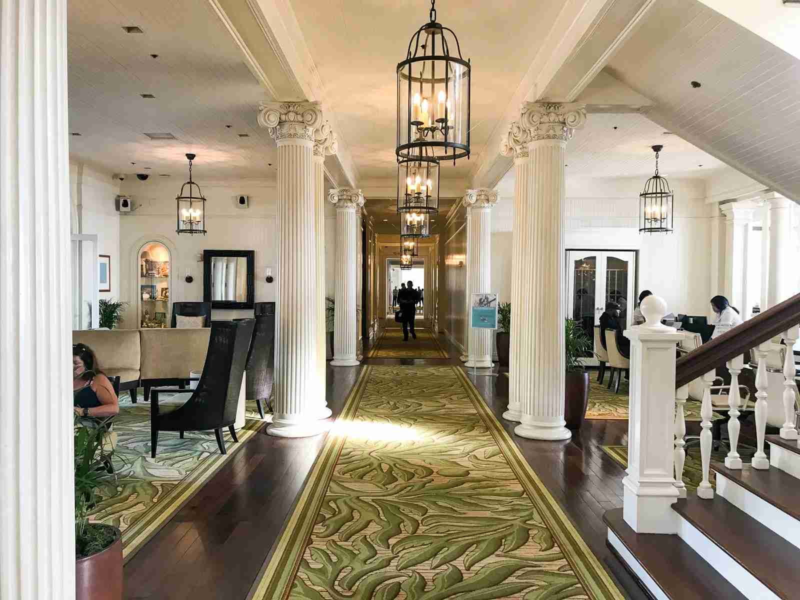 Moana Surfrider Lobby (Summer Hull / The Points Guy)