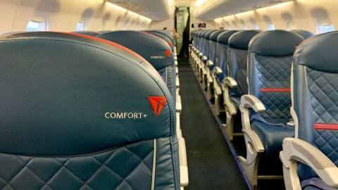 Enjoyable Opting Out Of Delta Comfort Upgrades For Middle Seats Cjindustries Chair Design For Home Cjindustriesco