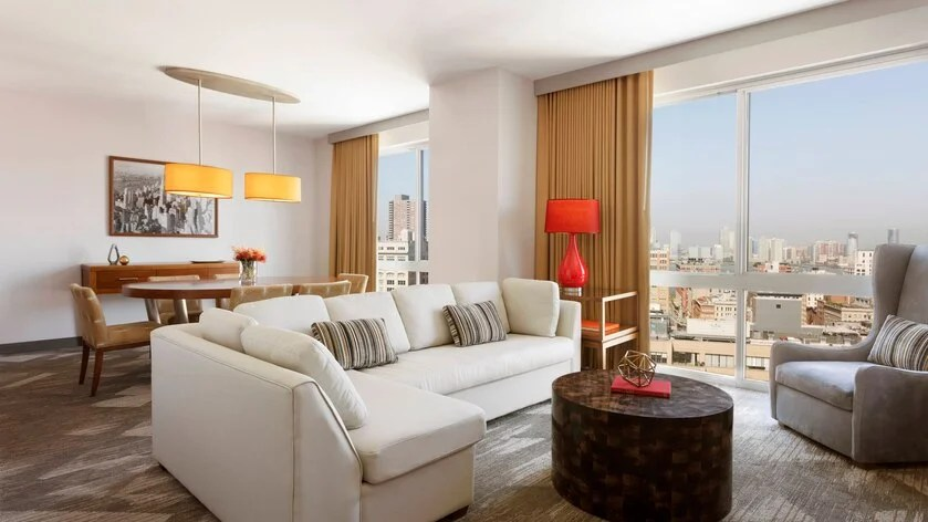 Sheraton Tribeca Presidential Suite (image courtesy of hotel)