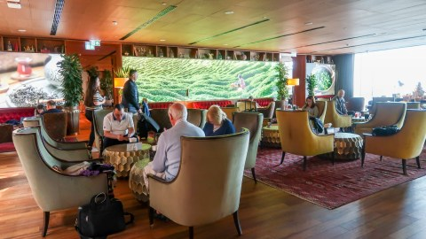 Best Credit Cards for Airport Lounge Access - The Points Guy
