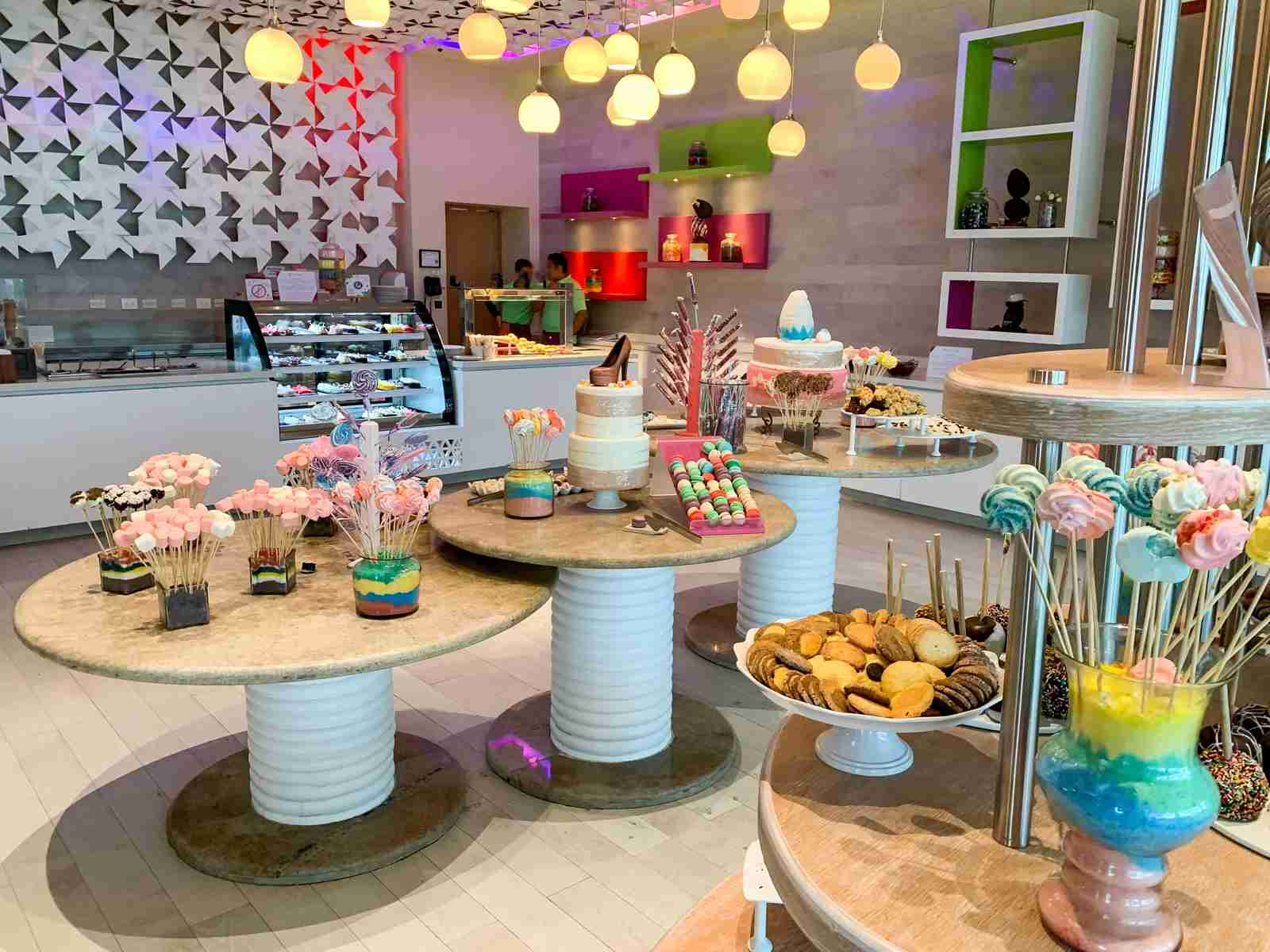 Hyatt Ziva Cancun included dessert shop (Photo by Zach Griff / The Points Guy)