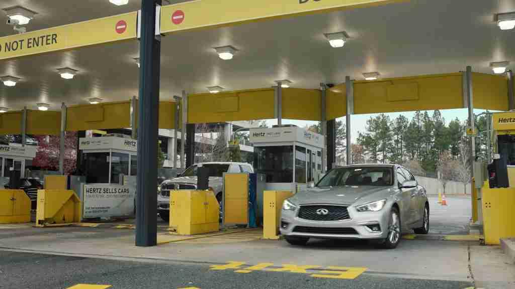 hertz clear parking lot car rental