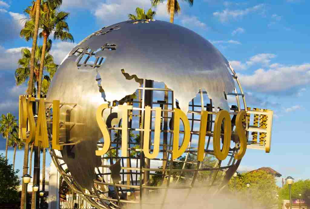 Universal Studios Hollywood Globe. (Photo by bluehill75 / Getty Images)