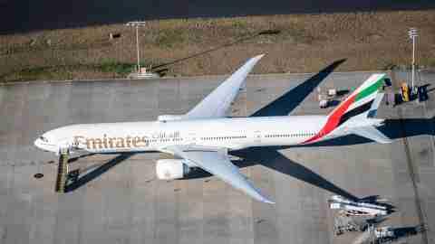 Emirates-777-300ER-2