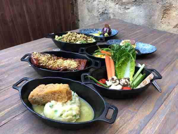 A sampling of the dinner entrees at Docking Bay 7.(Image by Leslie Harvey.)