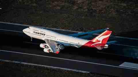 Qantas-747-400-Landing-Sydney-Airport-SYD