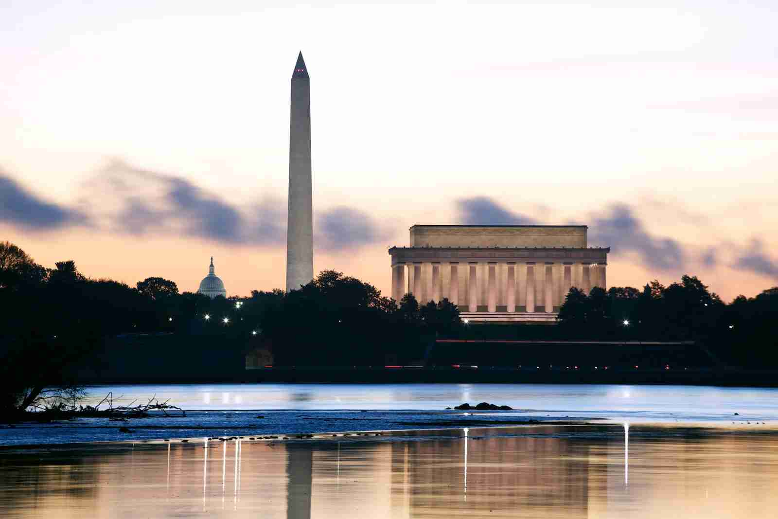 Lincoln Memorial, Washington Monument, Capital Sunrise
