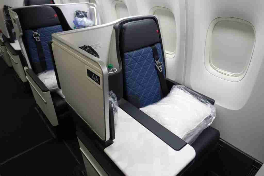 A Delta One seat in Delta