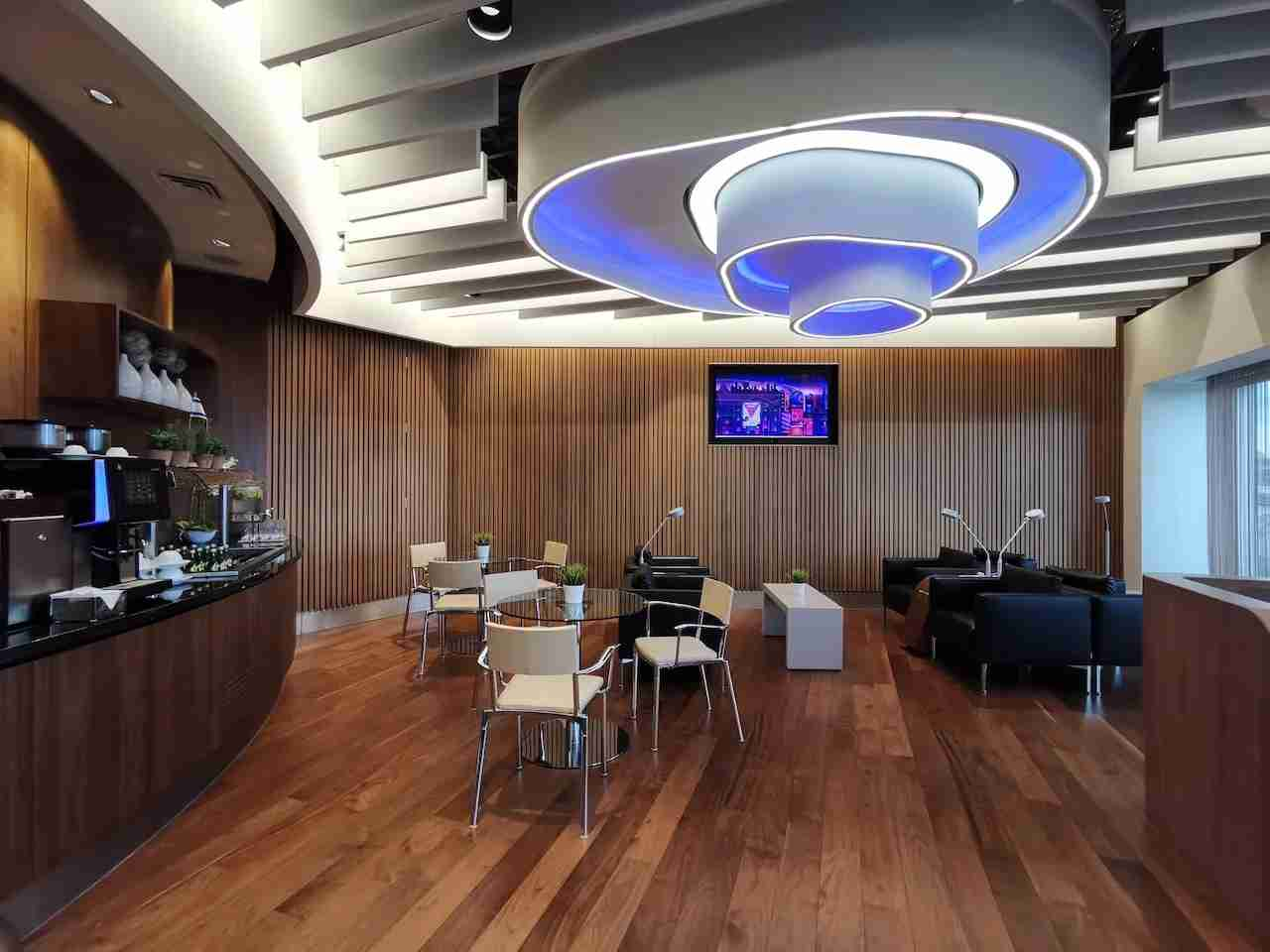 The Arts & Lounge airport lounge at London-Heathrow. (Image courtesy of Arts & Lounge)