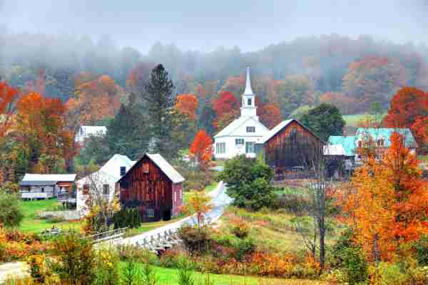 A small rural town near the Waits River in Vermont. (Photo by DenisTangneyJr / Getty Images)