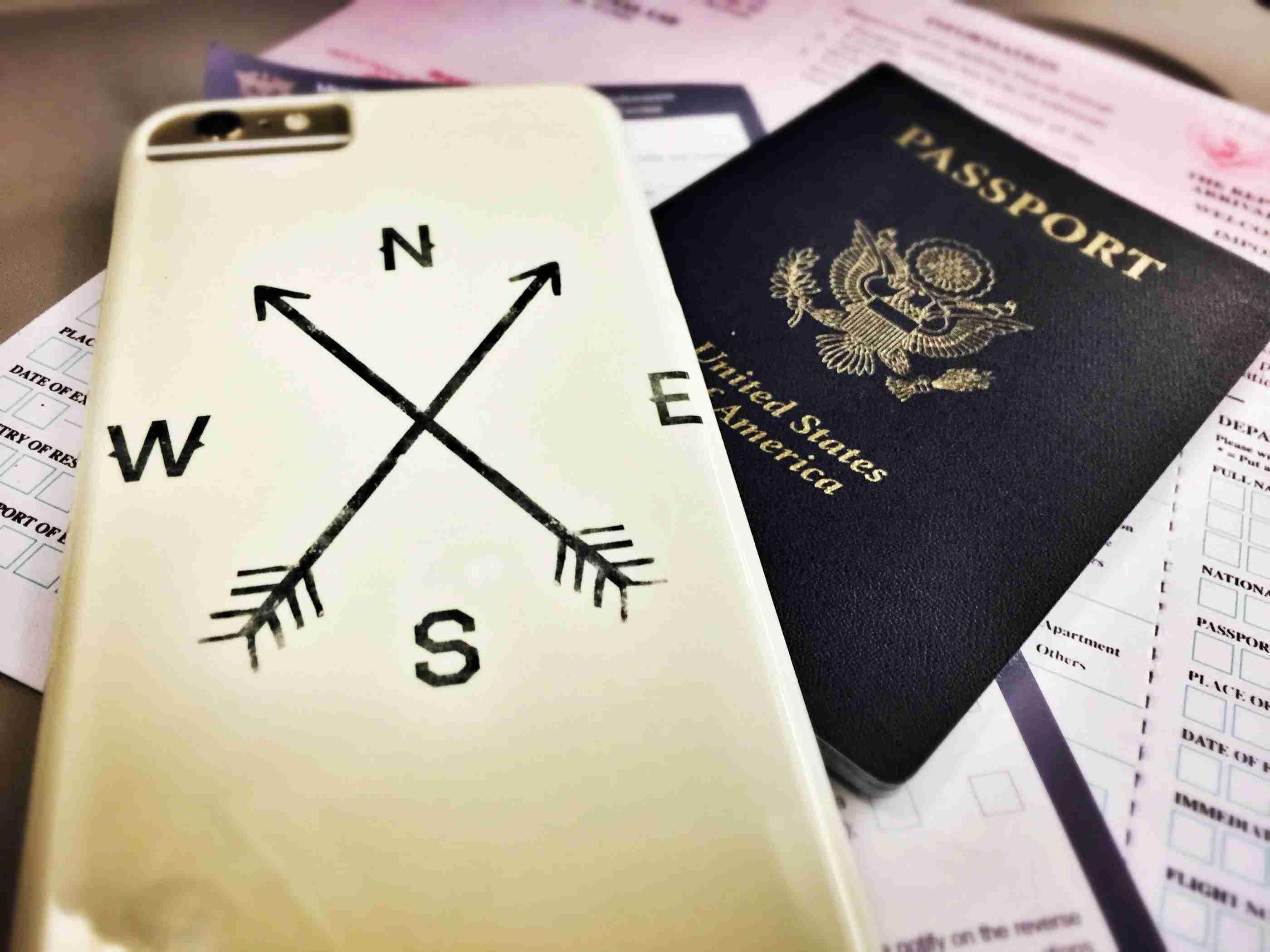 apple-iphone-camera-cameraphone-passport-navigation