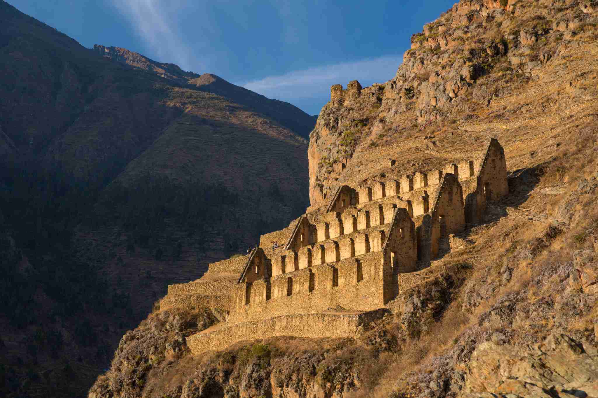 Pinkuylluna, the ruins of Incan graineries in Ollantaytambo. (Photo by: Prisma by Dukas/Universal Images Group via Getty Images)