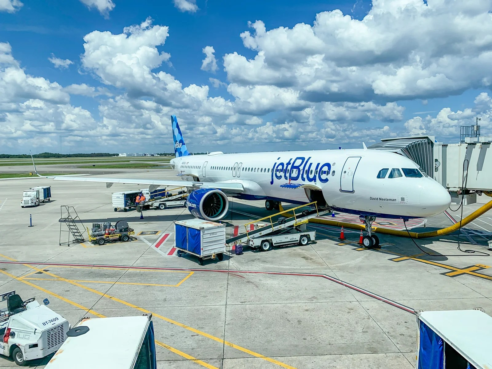 JetBlue flash sale: Flights starting at $44 one-way or $87 round-trip