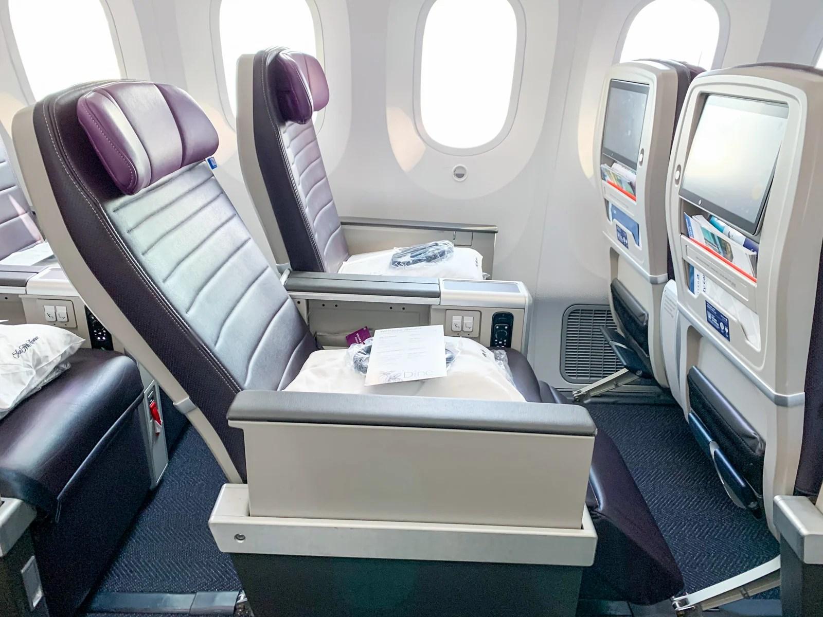 Review United S Premium Plus On The 787 10,Bathroom Tile Flooring Designs