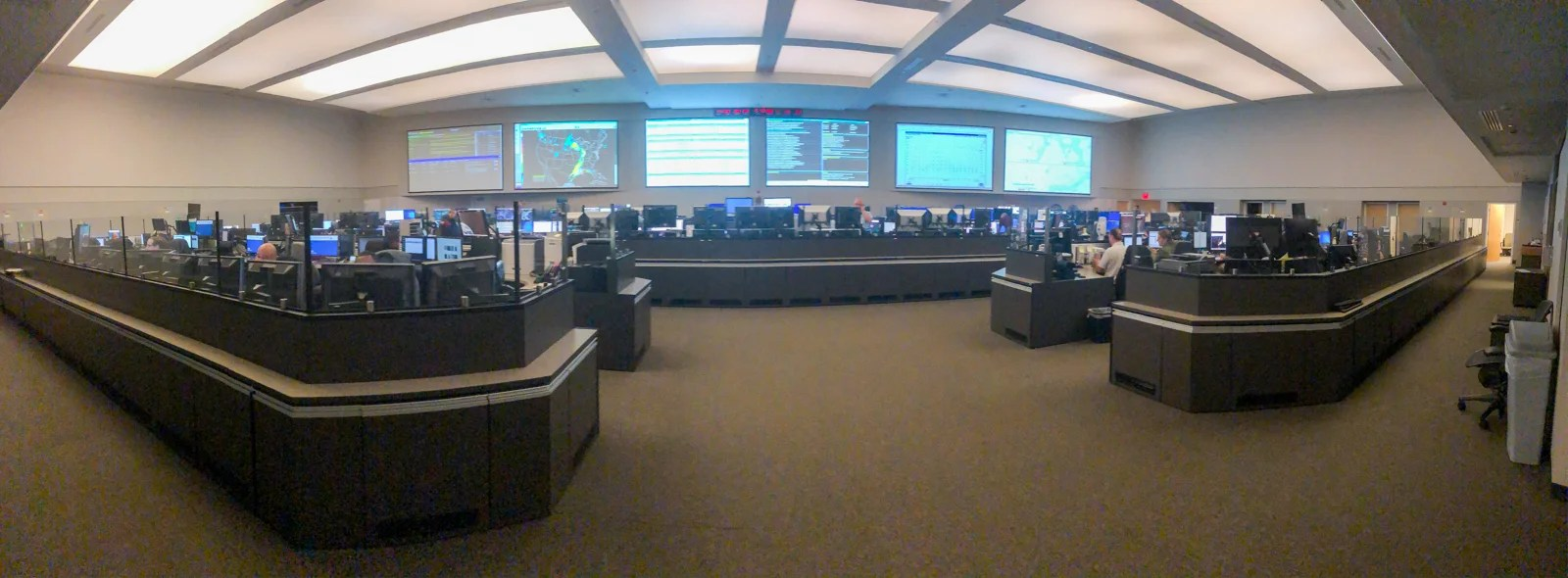Inside the room where the FAA controls US airspace