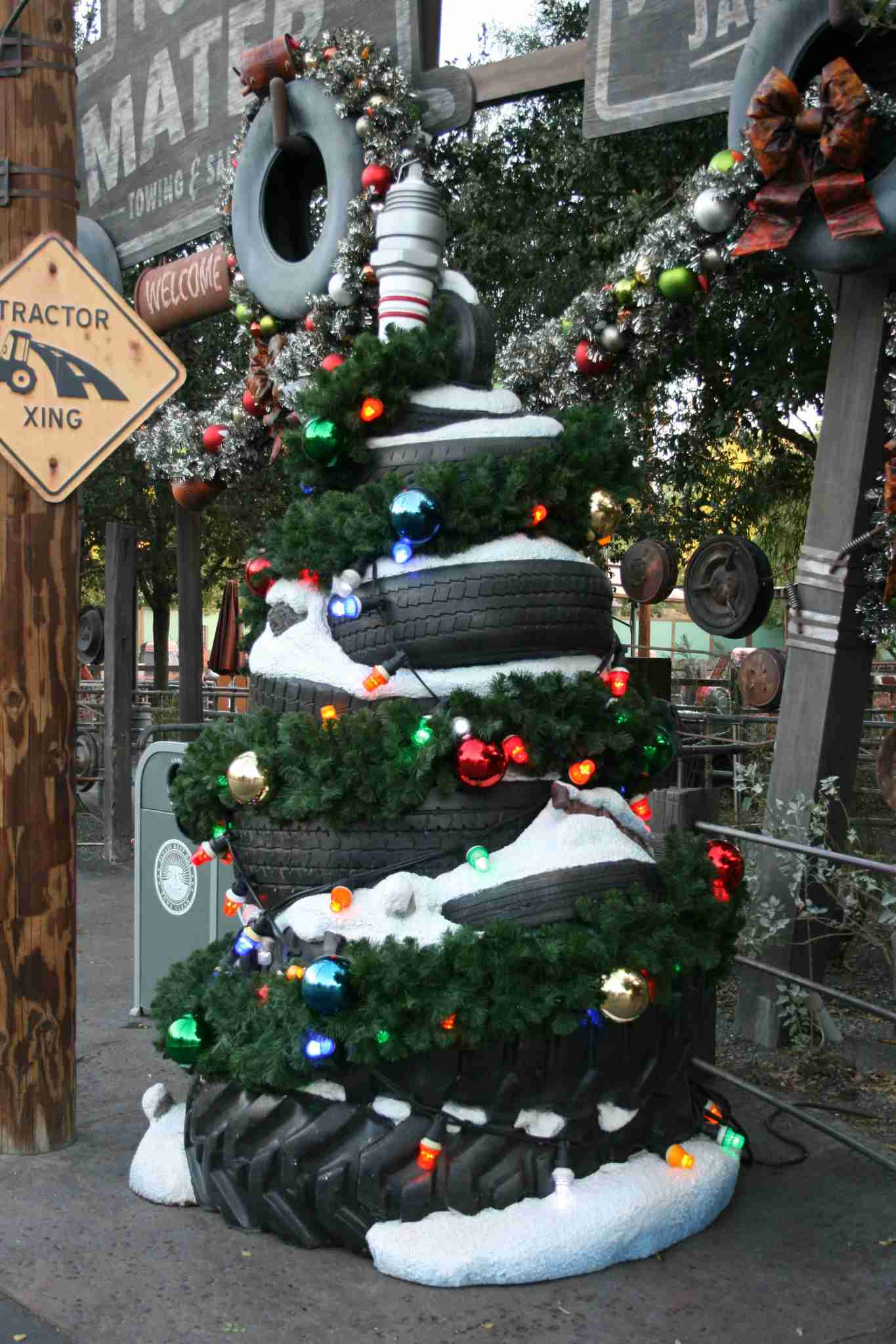 A & P Automotive >> Disneyland Christmas: Everything you need to know