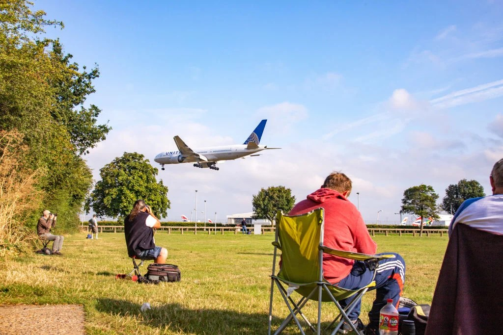 Where to find some of the best plane spotting in the United Kingdom