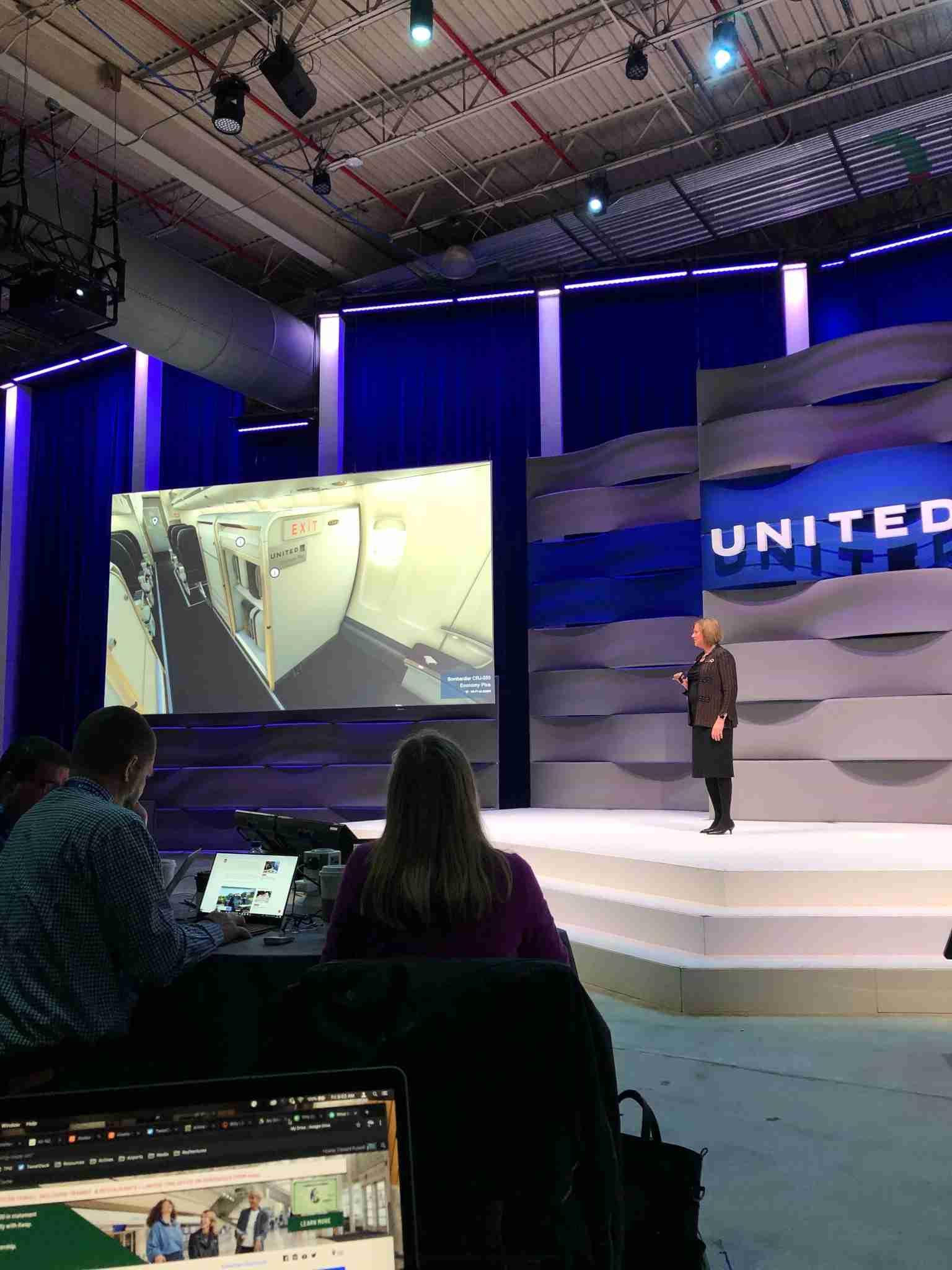 United planeja distribuir fotos em 3D dos interiores das aeronaves na página do mapa de assentos