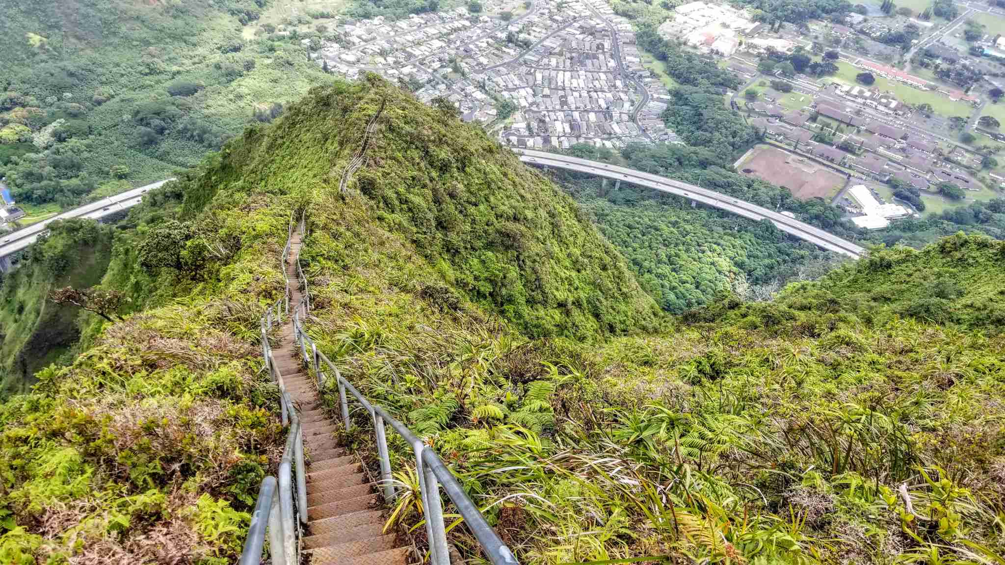 hawaii oahu haiku stairs (Photo by Joseph Hostetler/ The Points Guy)