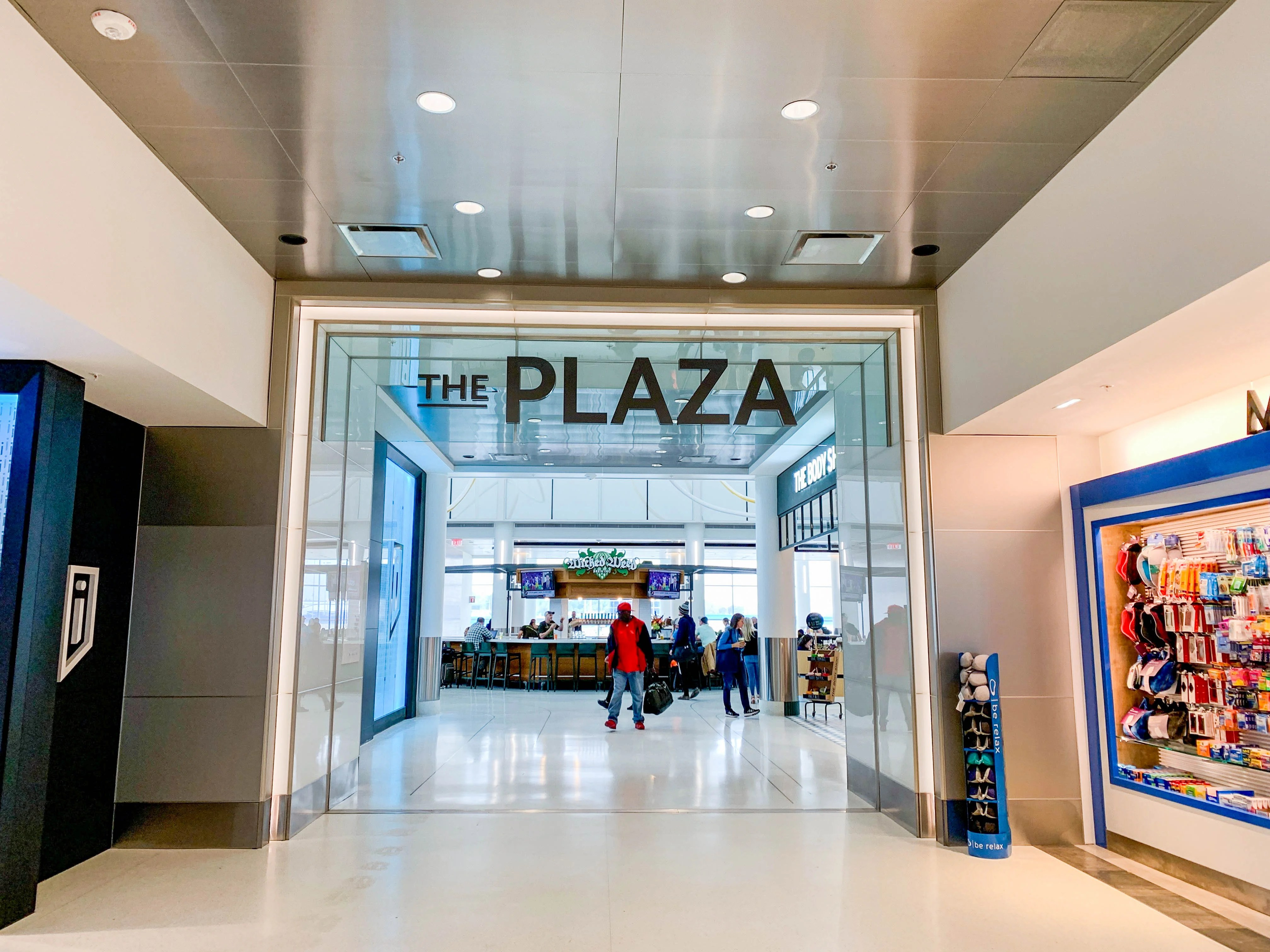 CLT airport expansion brings new dining, shopping experiences to travelers