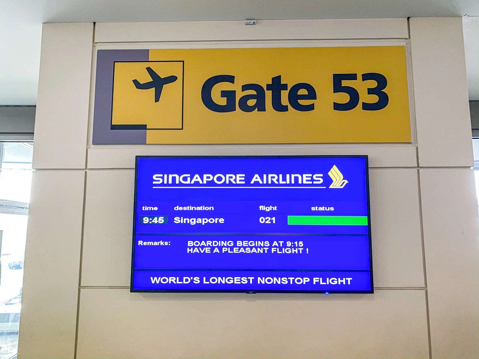 Review: Singapore\'s A350 business class on the world\'s ...