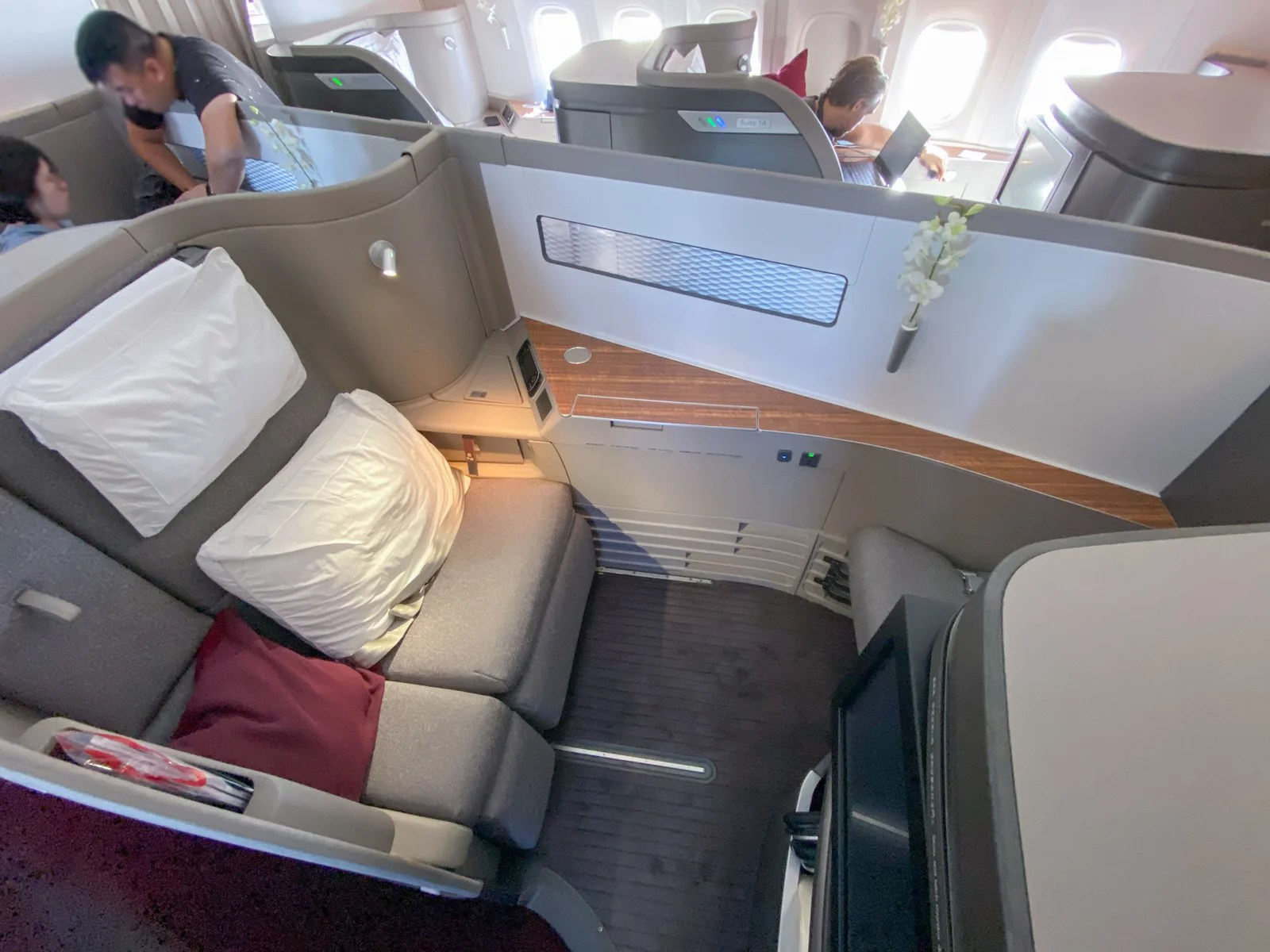 Cold ground, warm sky: A review of Cathay Pacific's first class on the 777-300ER from Hong Kong to London