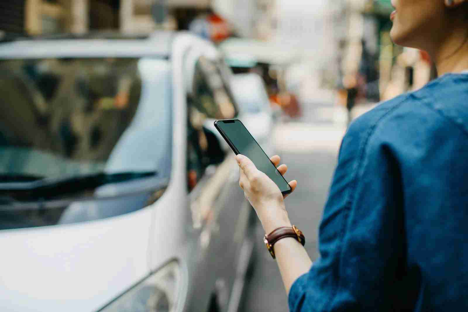 If you have both cards, the rideshare world is your oyster. (Photo by d3sign/Getty Images)