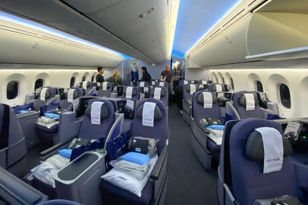 United currently offers 2-2-2 seating on the 787-9 operating nonstop flights between Newark and Cape Town. Photo by Zach Honig/The Points Guy.