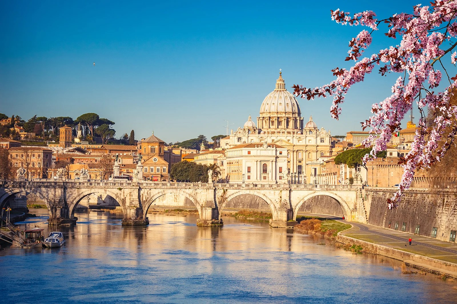 Round trip to Rome, Milan, Athens from $306 or 38,500 miles on United, Emirates and more