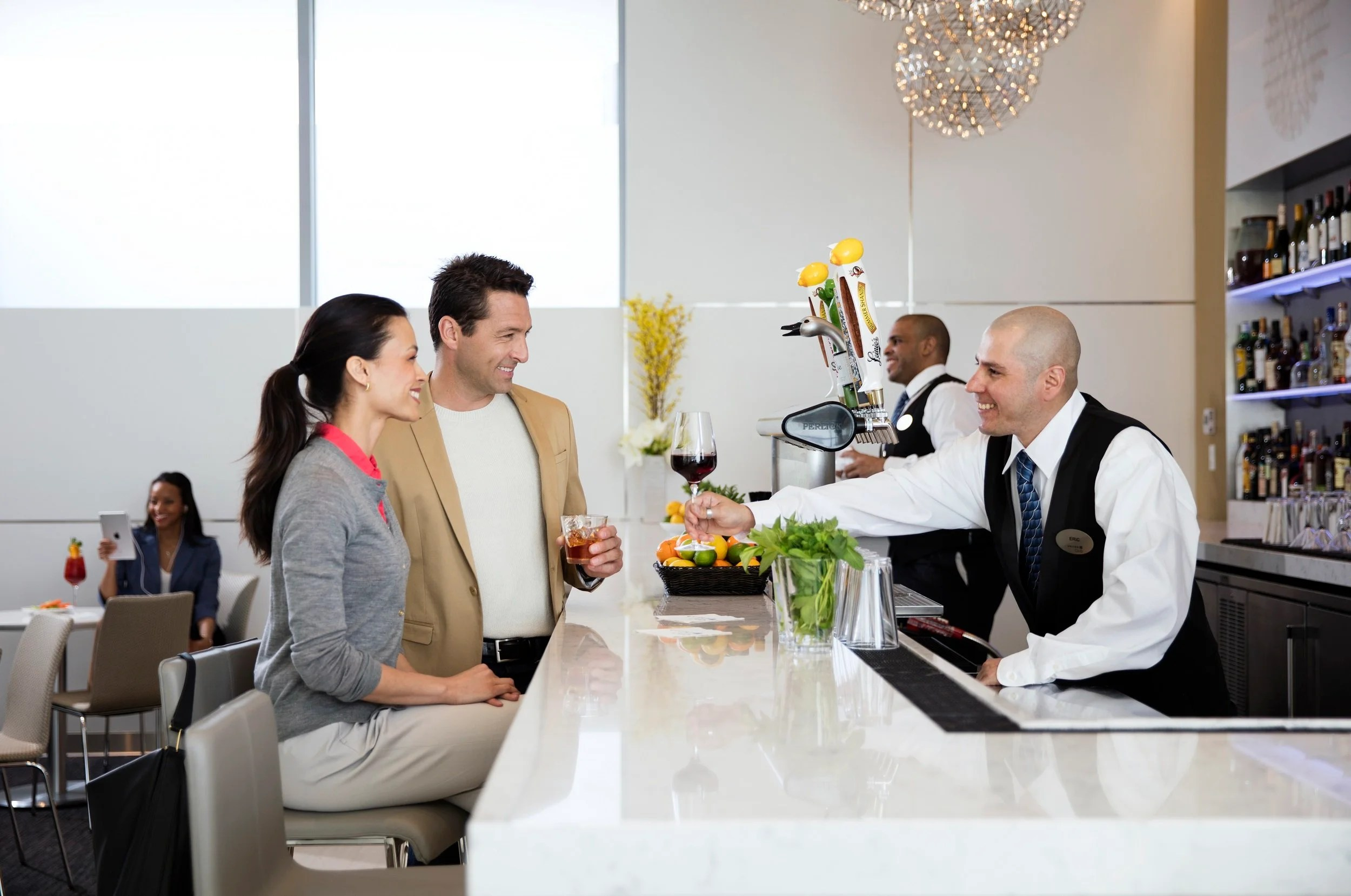 Do you need to tip servers in airport lounges?