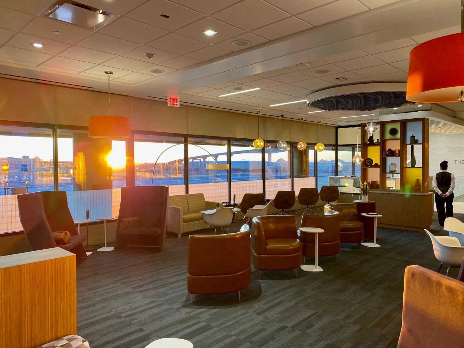 Escape Lounge Phoenix Photo by Zach Griff