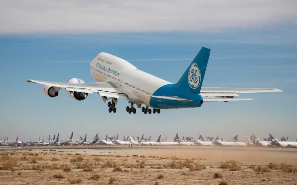 The GE9X engine on GE Aviation's Boeing 747 testbed. Note how large the new engine is compared to a typical Boeing 747 engine. Image via GE Aviation.