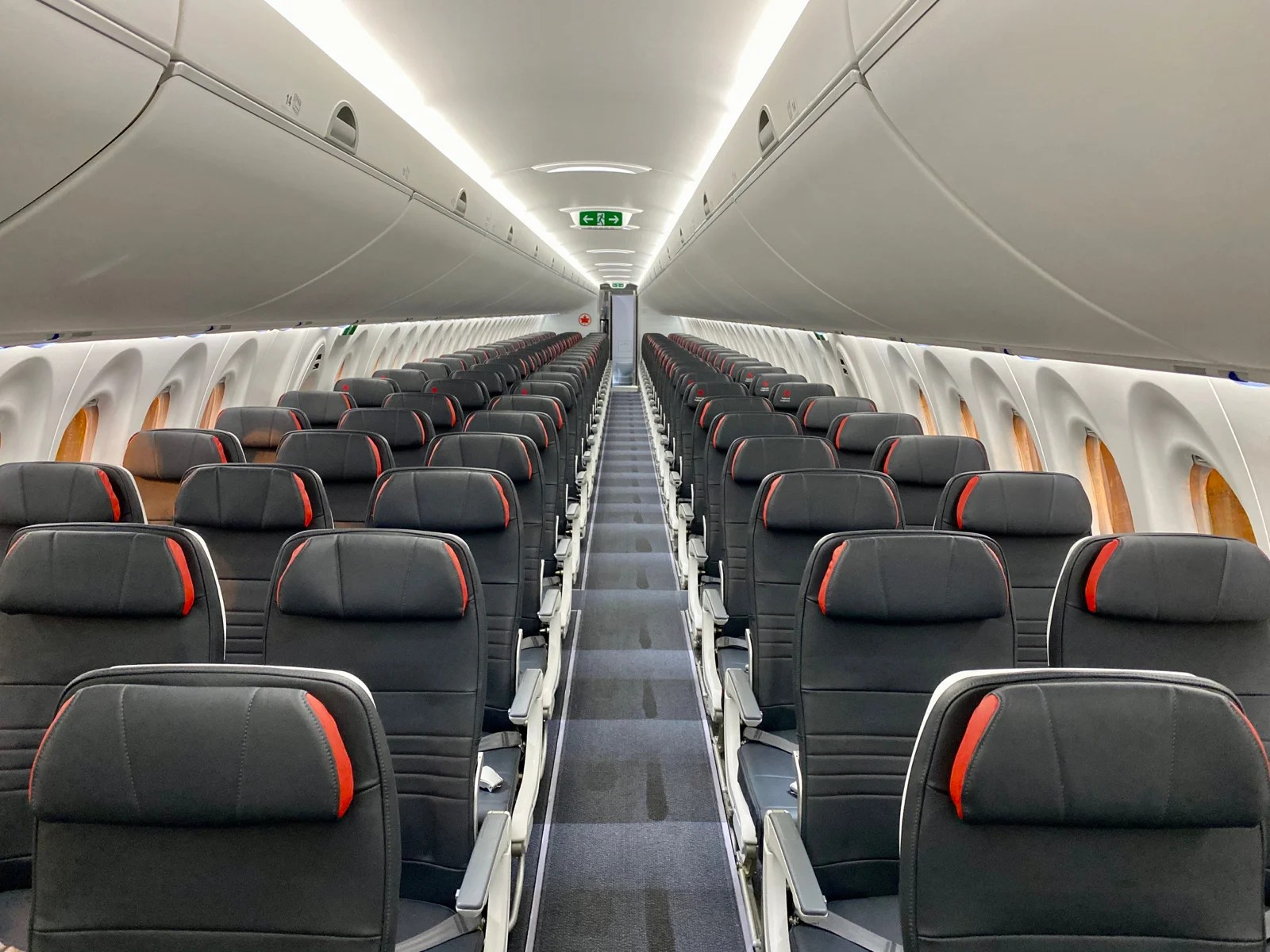 First impressions of Air Canada's brand-new Airbus A220 from its inaugural flight