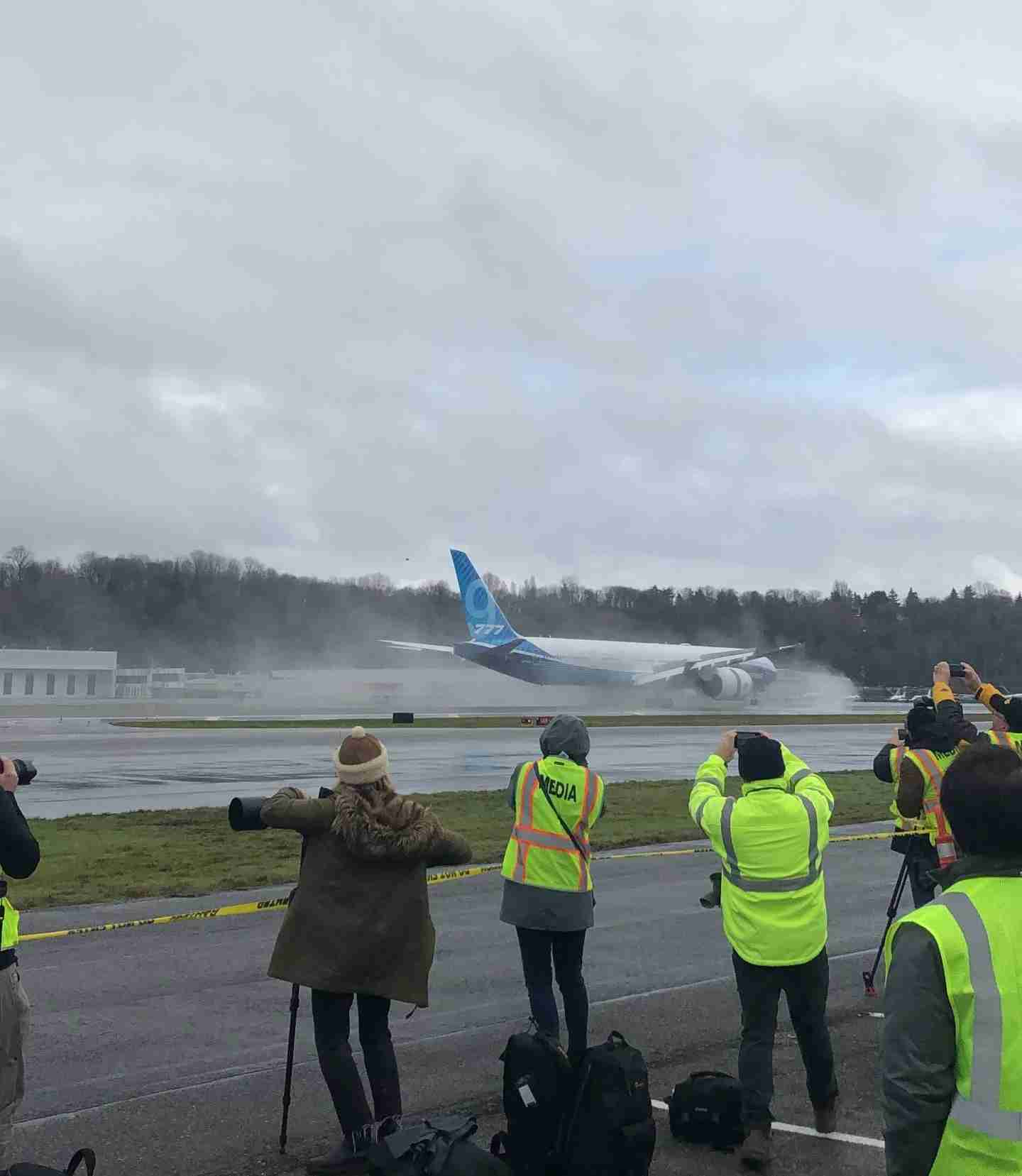 The 777X slowing down after landing. (Photo by Zach Wichter/The Points Guy.)
