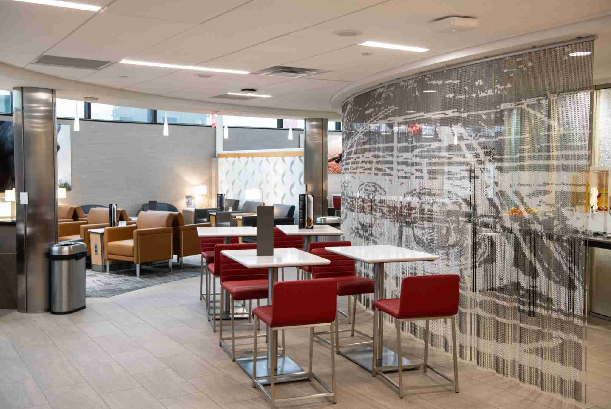 DFW Terminal E Admirals Club (Courtesy of American Airlines)