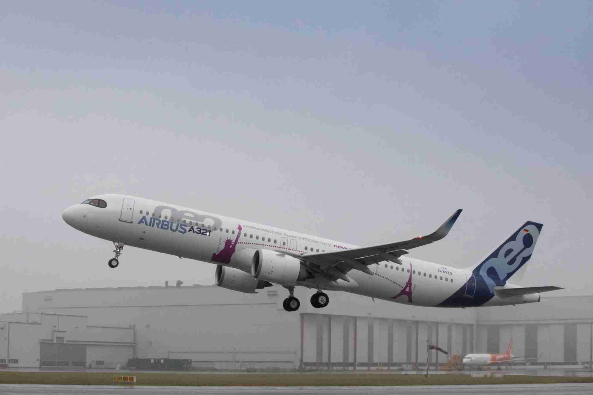An Airbus A321neo takes off during the flight test program in 2018. (Image courtesy of Airbus)
